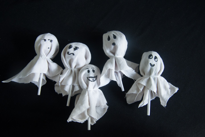 Step 4 - Gum Pop Ghosts