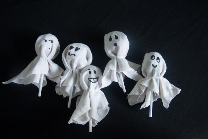 Step 4 - Gum Pop Ghosts